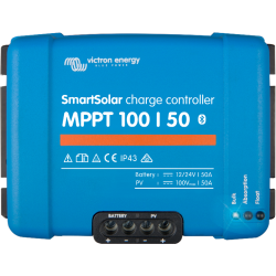 Régulateur de charge Victron Energy - MPPT Smartsolar 100/50 de face sur fond blanc