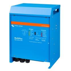 Convertisseur/chargeur Victron Energy MultiPlus 24/3000/70-50 de trois quart droit sur fond blanc